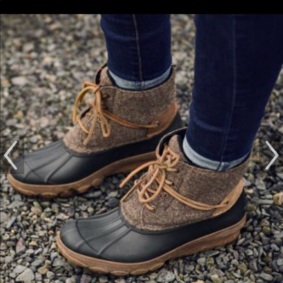 1563965d38f3 Speedy Saltwater Wedge Tide Wool Duck Boots 🦆